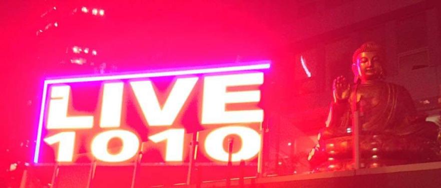 Live 1010 Sign